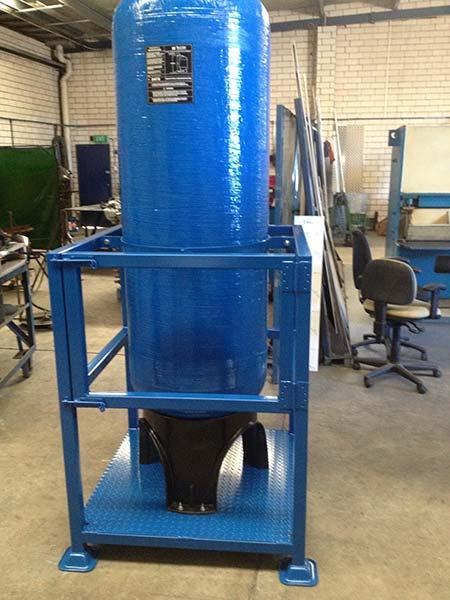 Filtration Vessel Cages